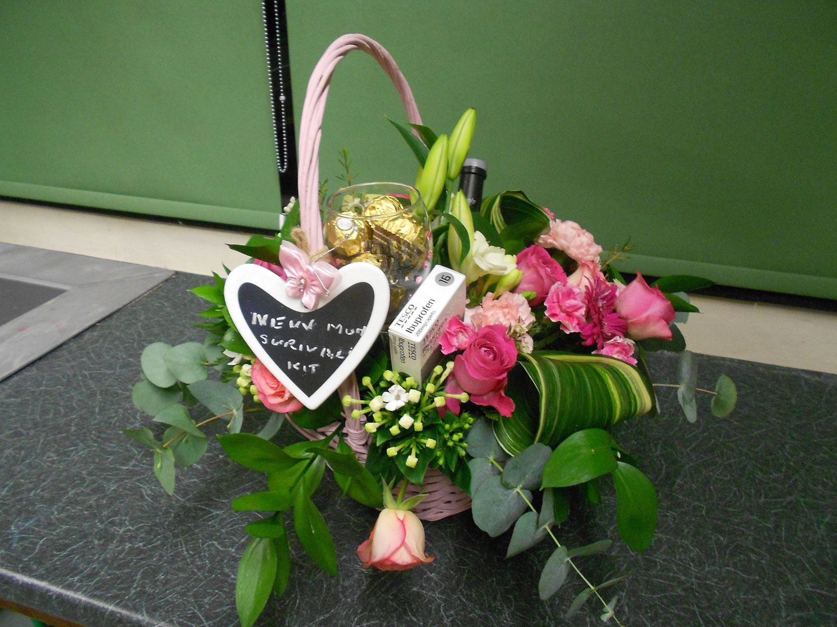 Flower Arranging Classes Gallery :: Sutton College – Sutton College ...